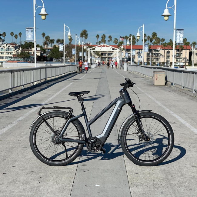 Propel Electric Bikes bicycle shop near The Crest apartments in downtown Long Beach
